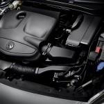 Infiniti Q30 2016 motor 02