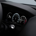 Jaguar F-PACE Portfolio 2016 interior 05