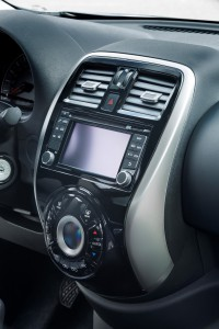 Nissan Micra 2016 interior 01