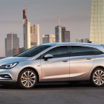 Opel Astra Sports Tourer 2016 01