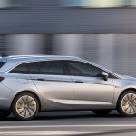 Opel Astra Sports Tourer 2016 02