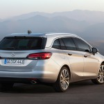 Opel Astra Sports Tourer 2016 10