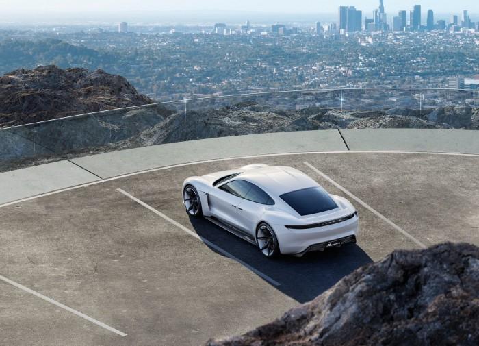 Porsche Mission E Concept 2015 04