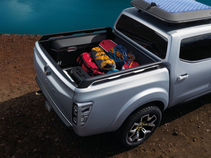 Renault Alaskan Concept 2015 11