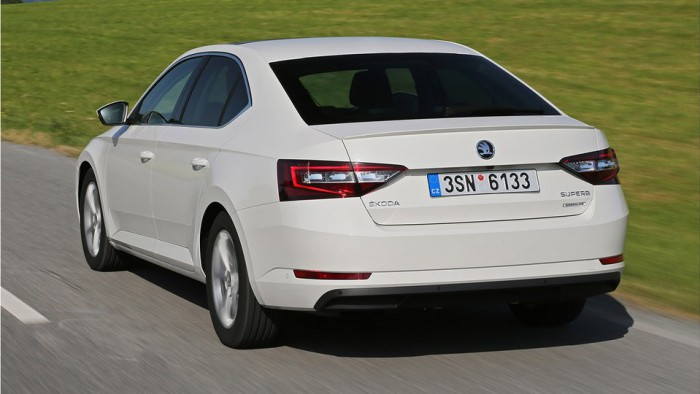 Skoda Superb Greenline 2015 03