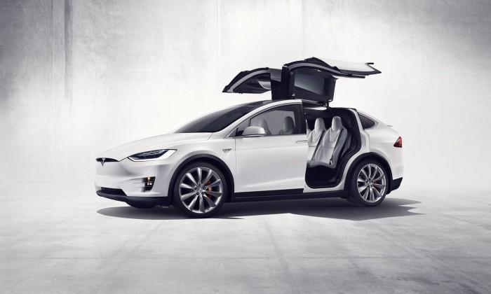 Tesla Model X 2016 01