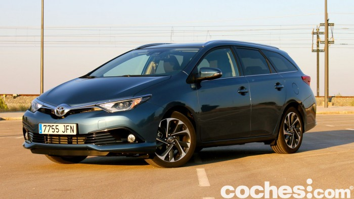 Toyota Auris Touring Sports 2015 prueba 06