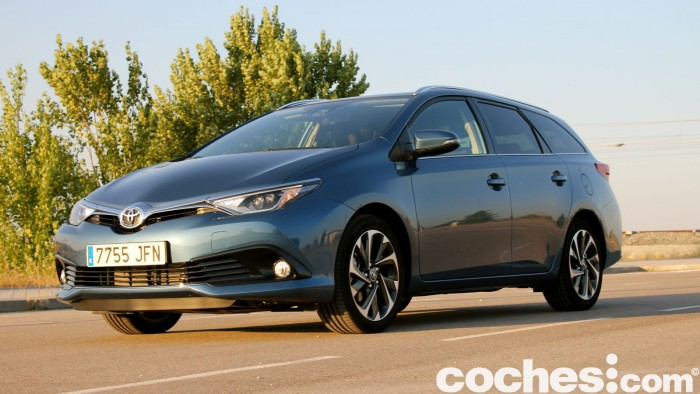 Toyota Auris Touring Sports 2015 prueba 10