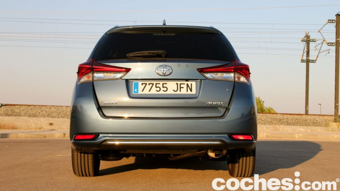 Toyota Auris Touring Sports 2015 prueba 17