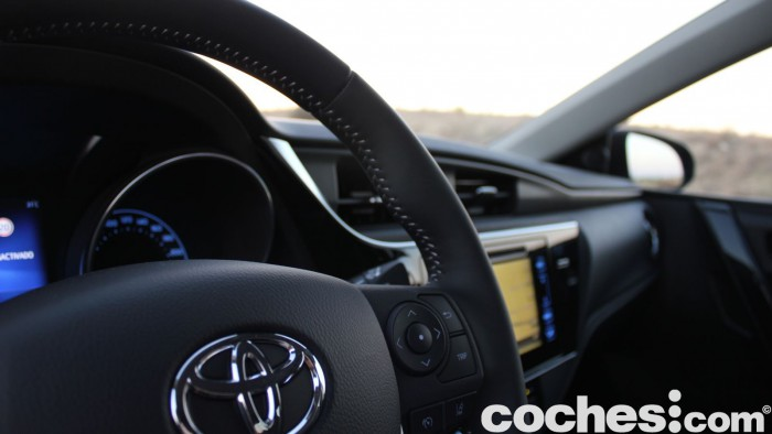 Toyota Auris Touring Sports 2015 prueba interior 21