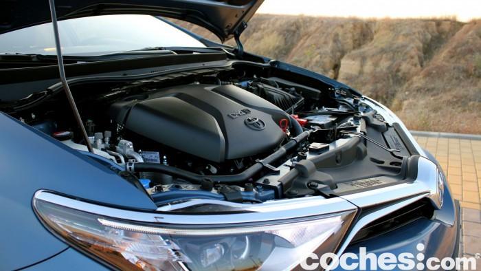 Toyota Auris Touring Sports 2015 prueba motor 3