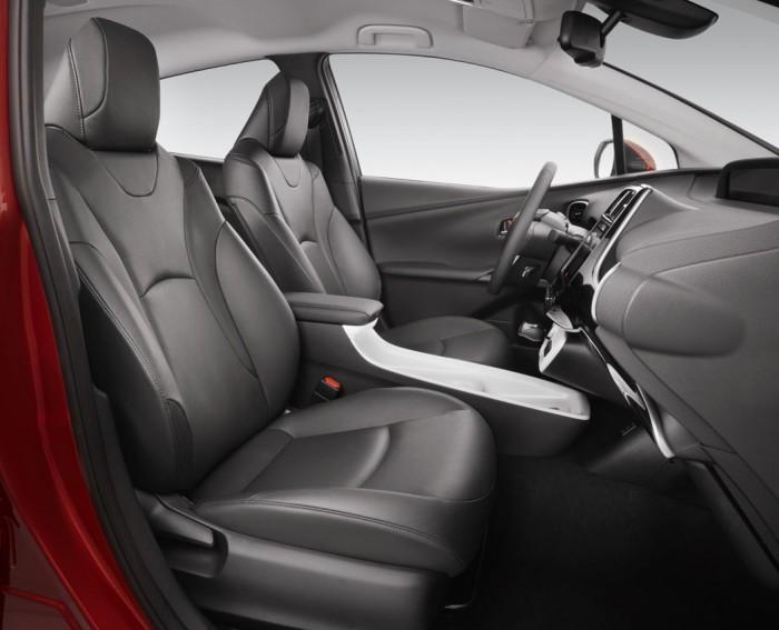 Toyota Prius 2016 interior 03