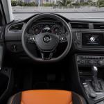 Volkswagen Tiguan 2016 interior 01