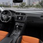 Volkswagen Tiguan 2016 interior 03