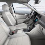 Volkswagen Tiguan GTE Concept 2016 interior 01