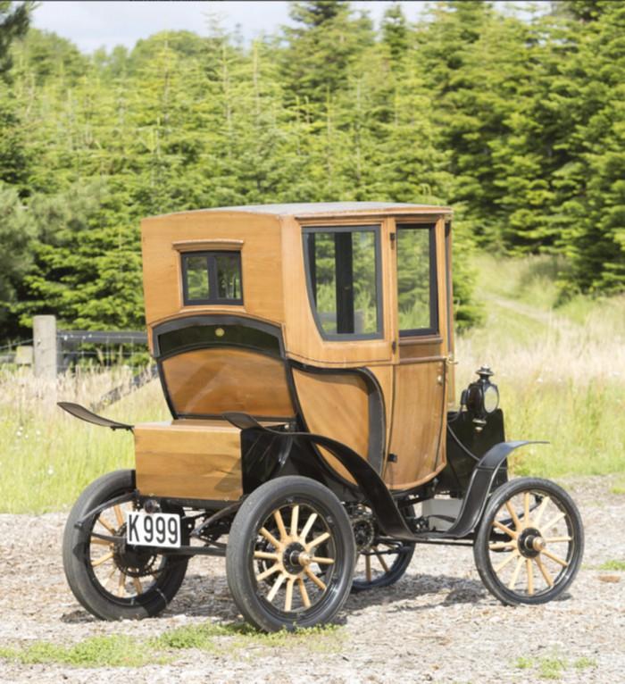 Woods Queen Victoria Brougham 1905 04