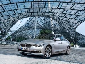 BMW Serie 3 330e F30 2015