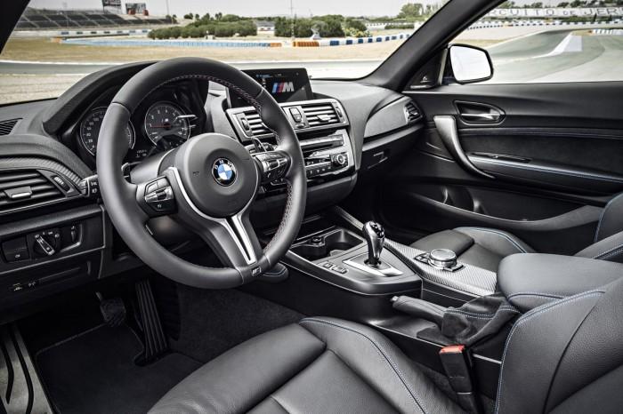 BMW M2 2015 interior 2
