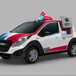 DPX coche reparto Dominos pizza 03