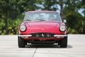Ferrari 330 GTC 1967 03
