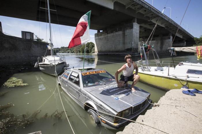 Marco Amoretti Maserati Biturbo anfibio 03