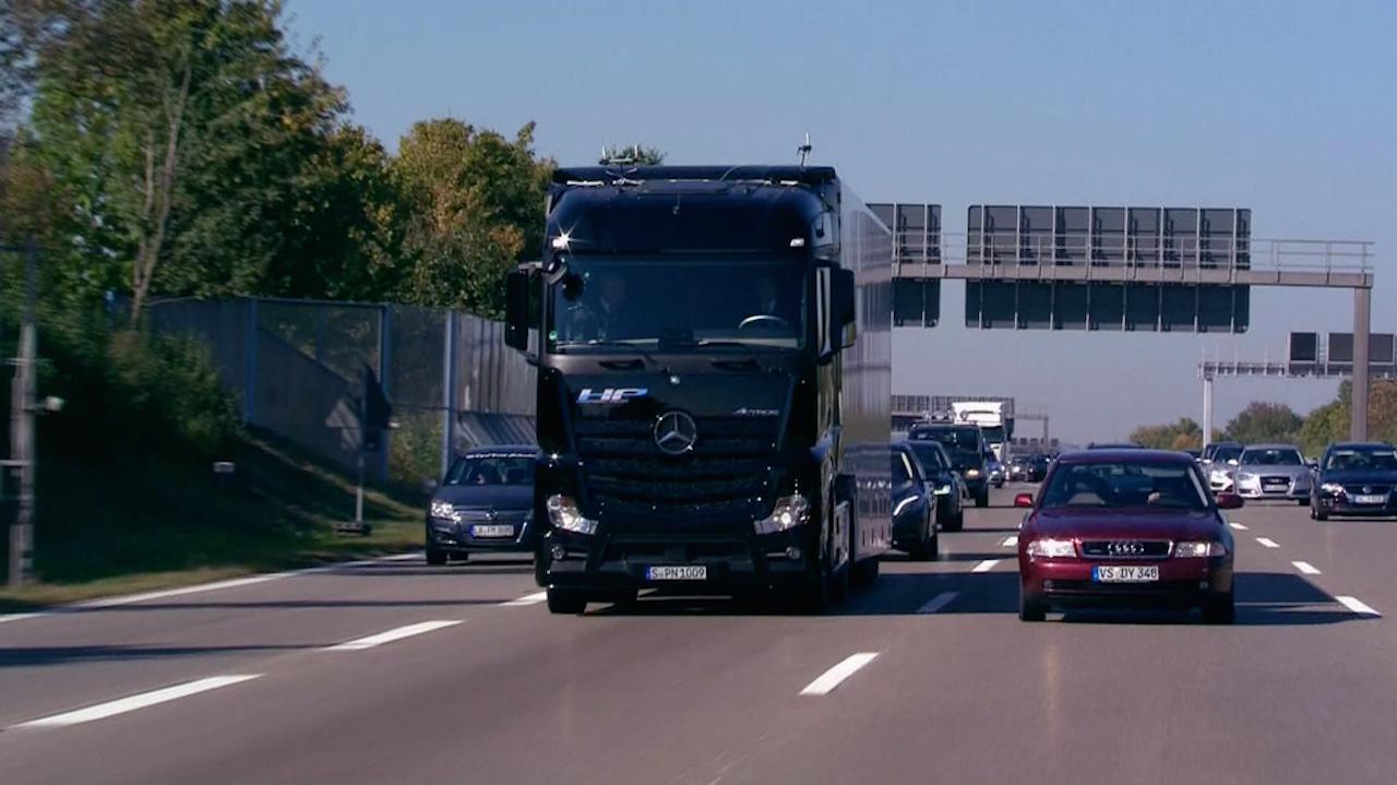 Mercedes Actros autonomo