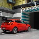Opel Astra 2016 aerodinamica 05