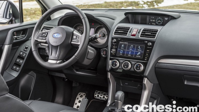 Subaru Forester 2.D Lineartronic 2015 interior 18