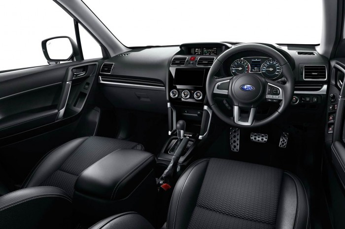 Subaru Forester 2016 Japon interior 01