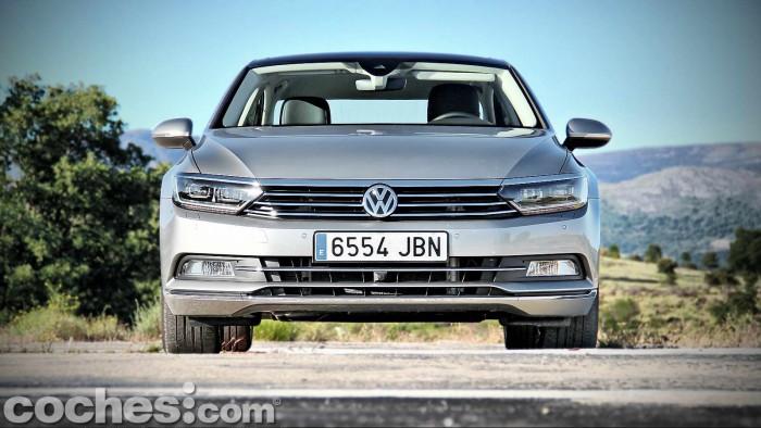 Volkswagen_Passat_2.0TDI_BMT_011