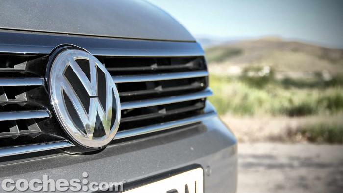 Volkswagen_Passat_2.0TDI_BMT_019