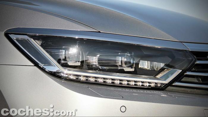 Volkswagen_Passat_2.0TDI_BMT_021