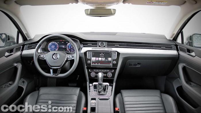 Volkswagen_Passat_2.0TDI_BMT_030