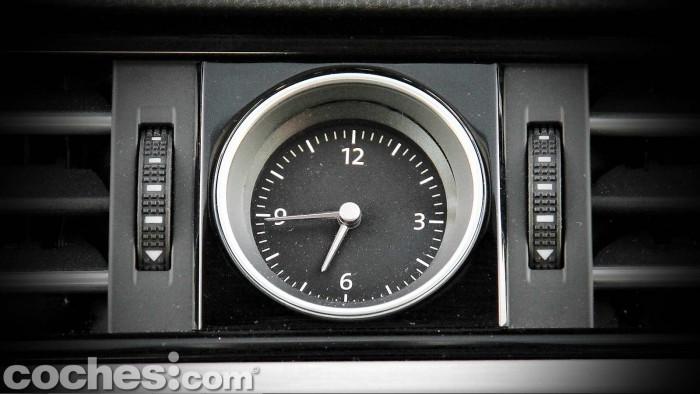 Volkswagen_Passat_2.0TDI_BMT_074