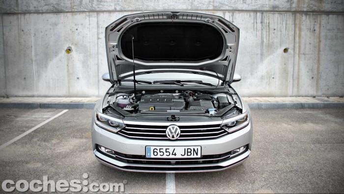 Volkswagen_Passat_2.0TDI_BMT_092