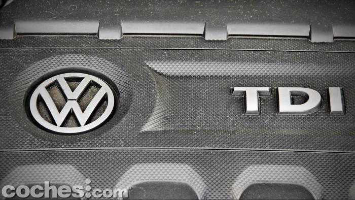 Volkswagen_Passat_2.0TDI_BMT_095