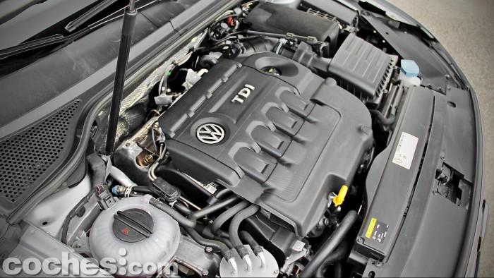 Volkswagen_Passat_2.0TDI_BMT_096