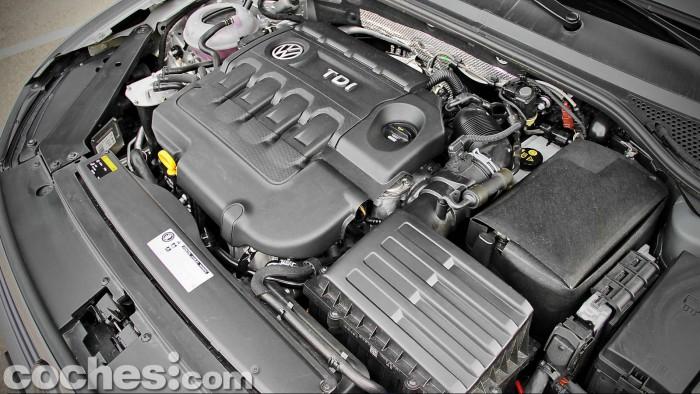 Volkswagen_Passat_2.0TDI_BMT_097