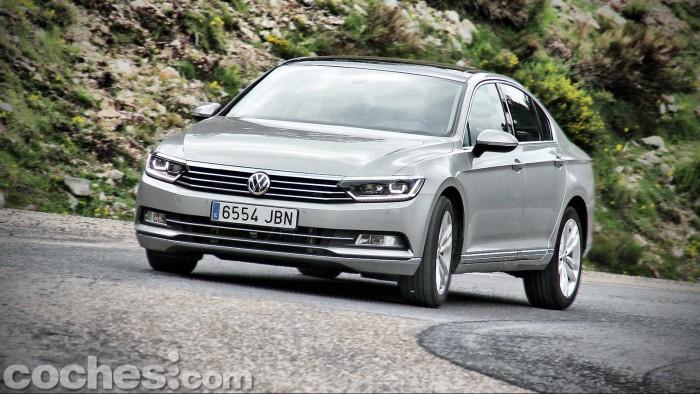Volkswagen_Passat_2.0TDI_BMT_111