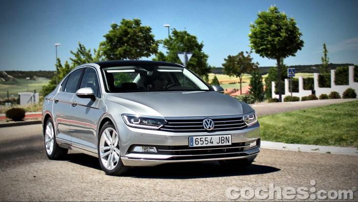 Volkswagen_Passat_2.0TDI_BMT_120