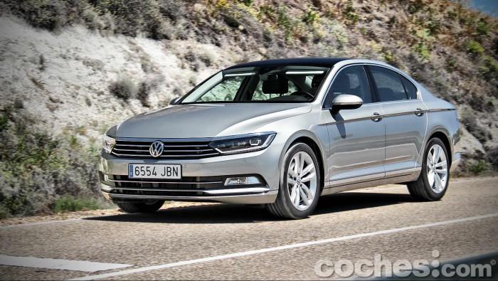 Volkswagen_Passat_2.0TDI_BMT_130