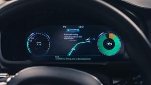 Volvo Intellisafe Auto Pilot interface 04