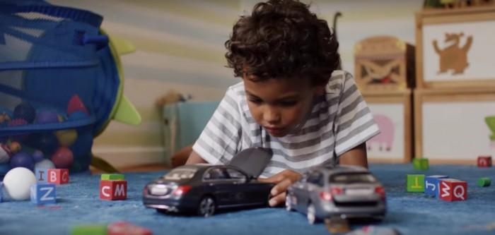anuncio Mercedes ninos choque 3