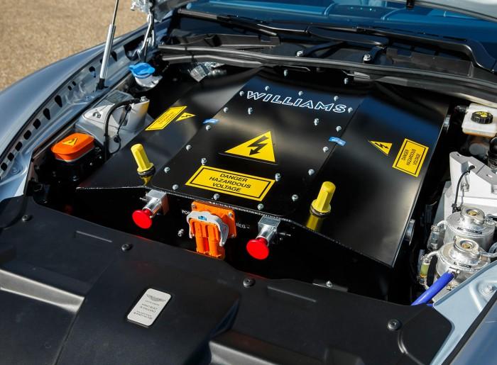 Aston Martin Rapide Concept 13