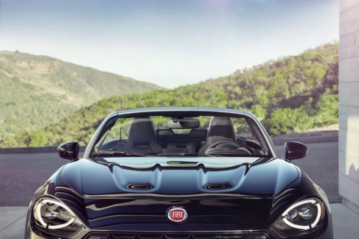 Fiat 124 Spider 2016 22