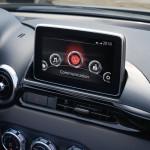 Fiat 124 Spider 2016 interior 05