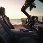 Fiat 124 Spider 2016 interior 06