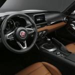 Fiat 124 Spider 2016 interior 07