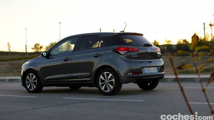 Hyundai i20 2015 prueba 56