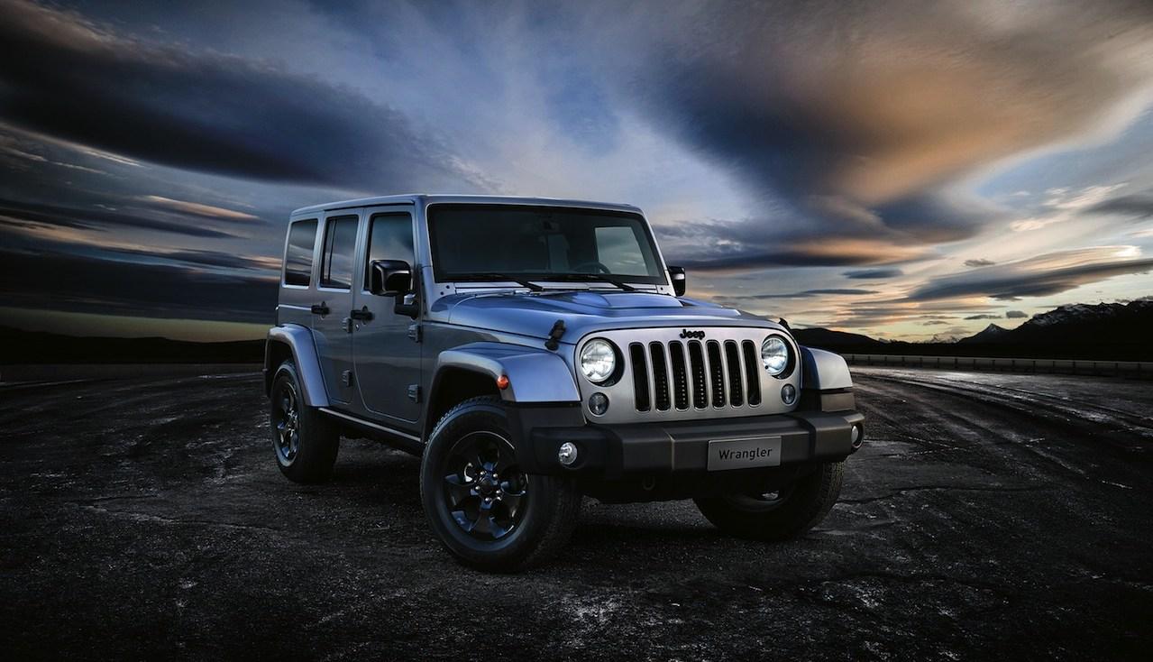 Jeep Wrangler Black Line 2015 01